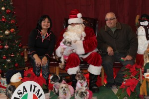 2015 Christmas Village - Pictures with Santa (228)